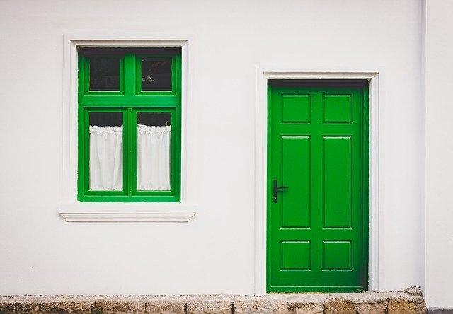 kvalitetna vhodna vrata